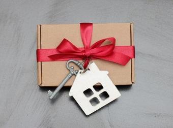 Налог при дарении недвижимости не родственнику