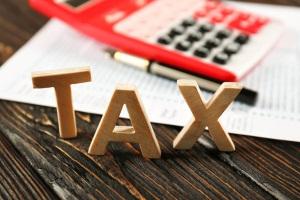 Облагается ли налогом доля подаренного земельного участка?