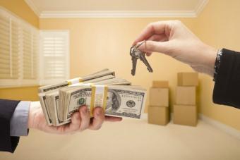 Когда можно продовать квартиру после вступления в наследство